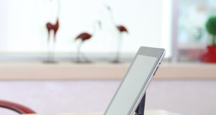 tv-tablet-ipad-standi-banner